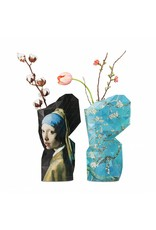 "Copri vaso ""Girl with the pearl earring"" – Tiny Miracles"